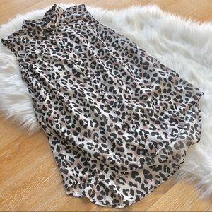 H & M animal print sleeveless collar blouse size 6